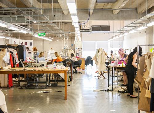 世界百强艺术设计学院大咖教授、招生官、学长学姐指导你的升学和就业!